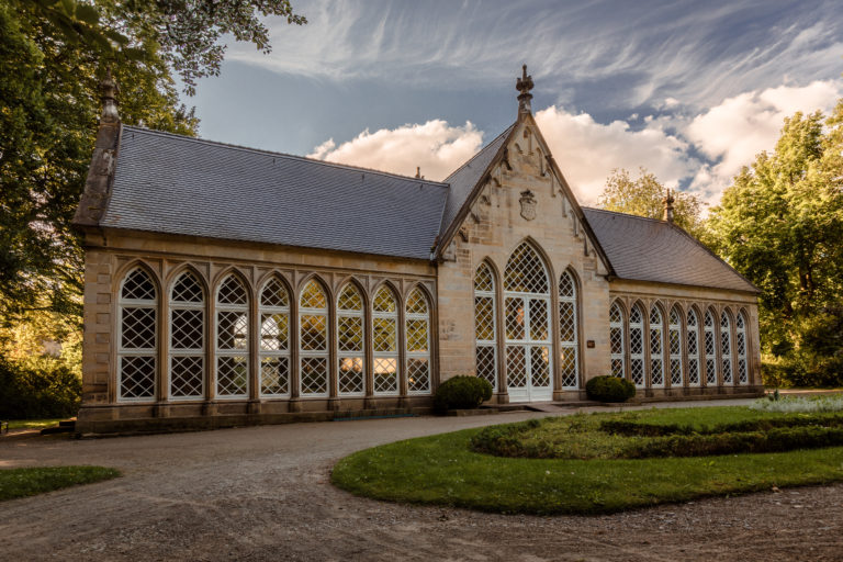 Im Schlosspark Harbke steht die Orangerie als beliebtes Ausflugsziel und Ausrichtungsort für Feiern und Veranstaltungen.