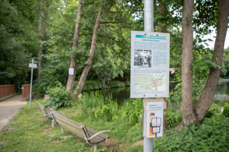 Start des Grenzlehrpfads zwischen Bad Helmstedt und Beendorf an der ehemaligen innerdeutschen Grenze.